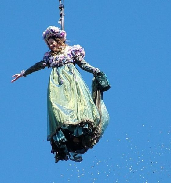 THE FLIGHT OF THE ANGEL – VENICE CARNIVAL