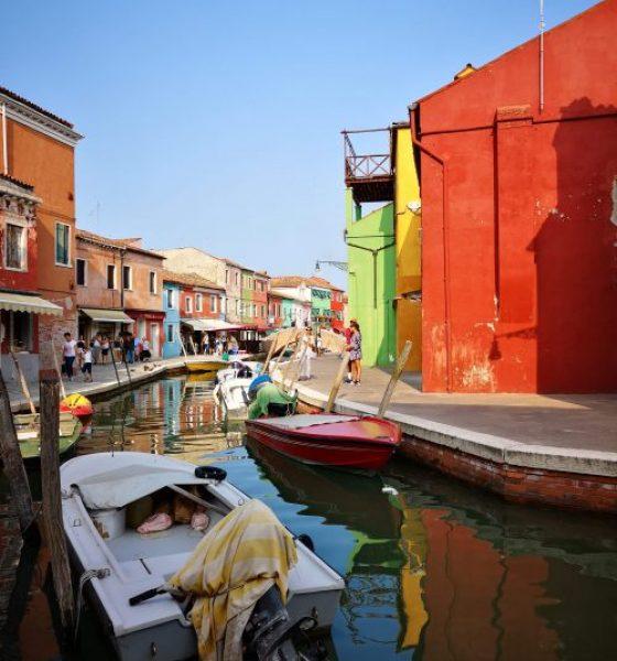 Burano, the Rainbow Island – Must see in Venice