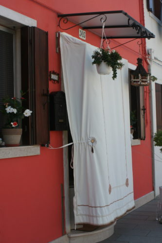 How to keep the sun out in Burano