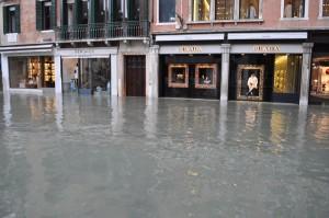 Prada & Versace under water, picture by my Twitter Friends@PeripateticMe