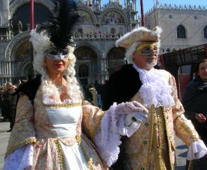 Lovely Renaissance Costume at Venice Carnival
