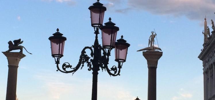 Venice Streetlamps Sunset 3 - Photo by Victoria De Maio
