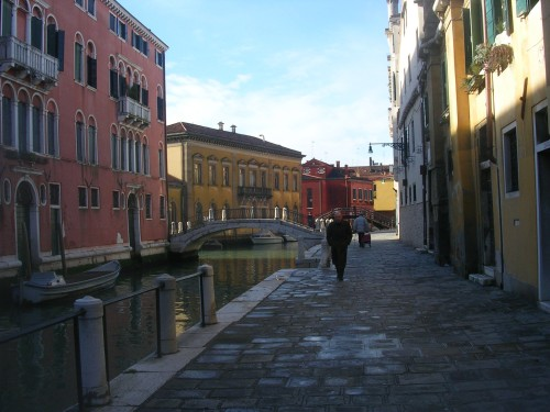 stay in venice for more than 2 days
