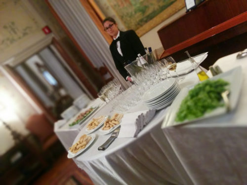 Buffet with music by Venice Music Gourmet