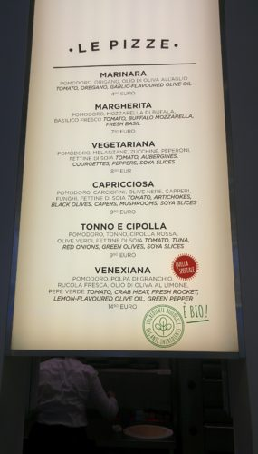 Vegan organic pizza in Venice