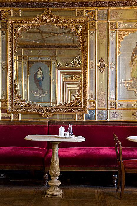 Interiors ph by Caffè Florian