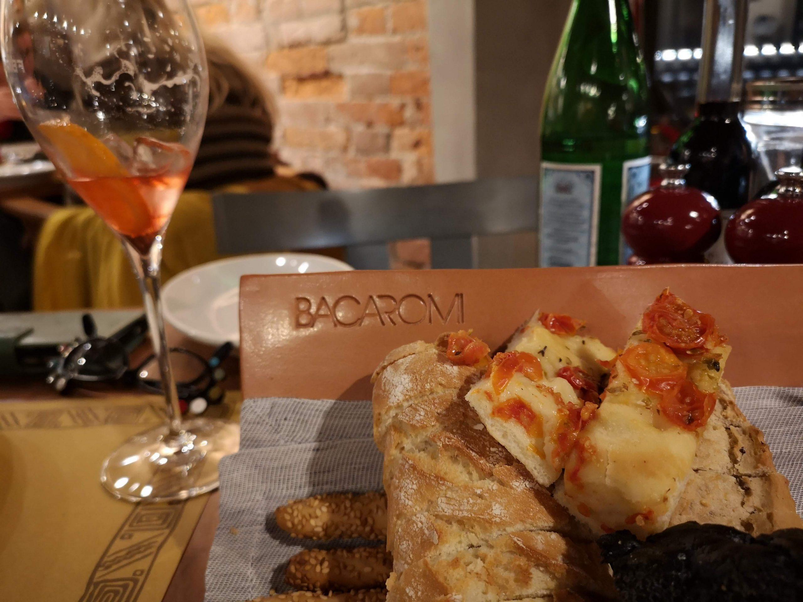 bread basket bacaromi