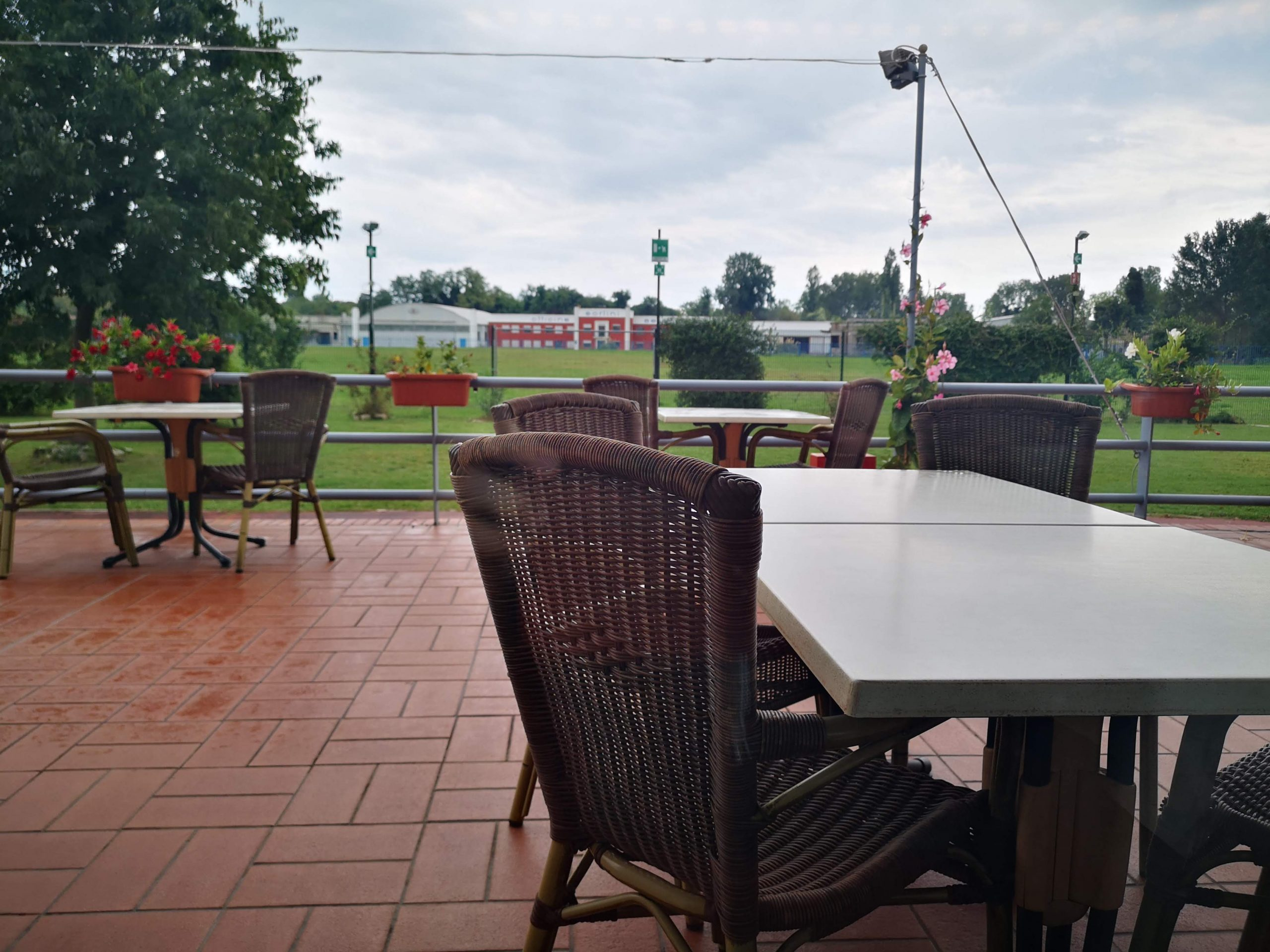 fly restaurant nicelli airport