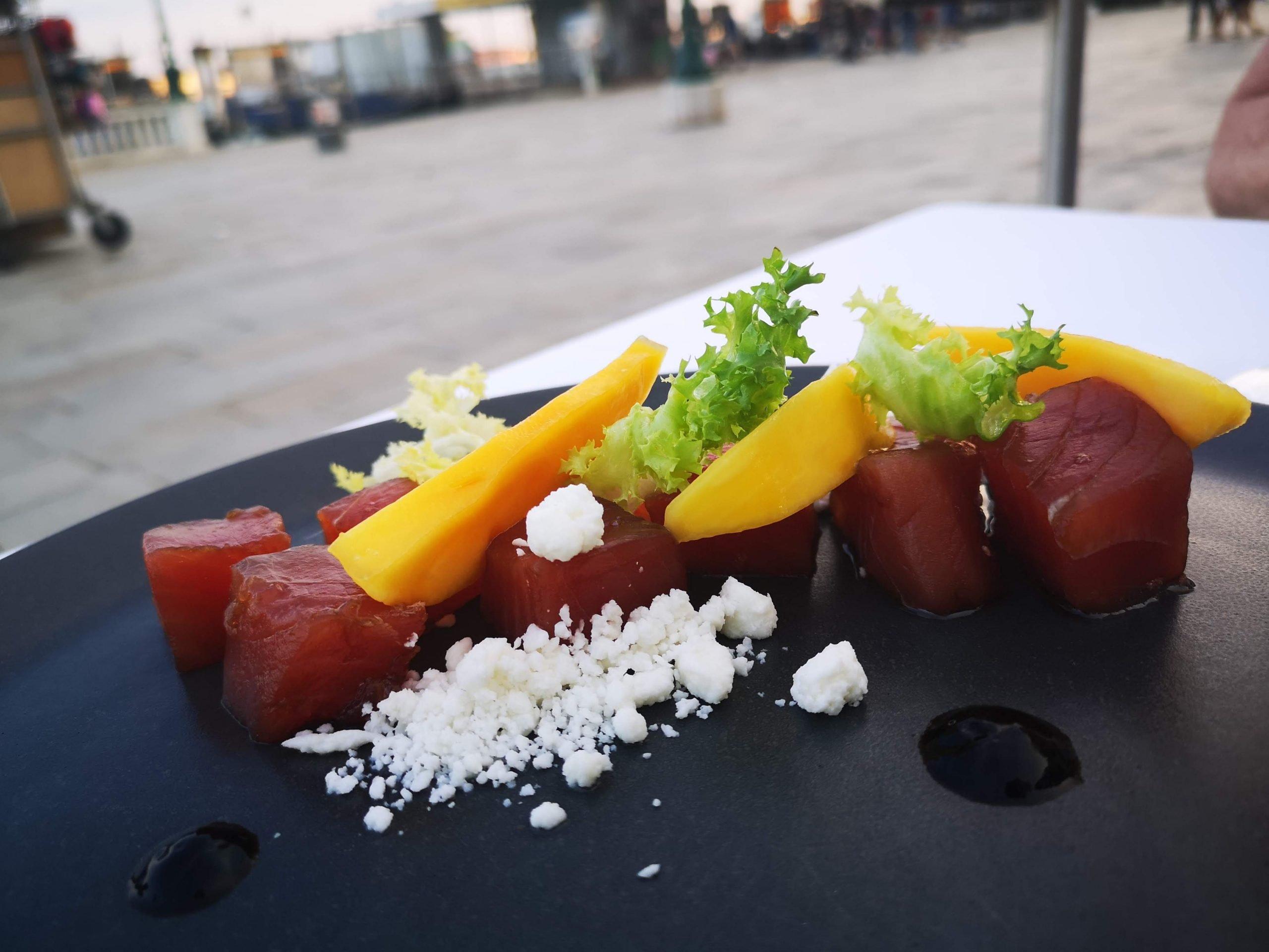 red tuna soy suce calamandine in Venice Sestante Retaurant