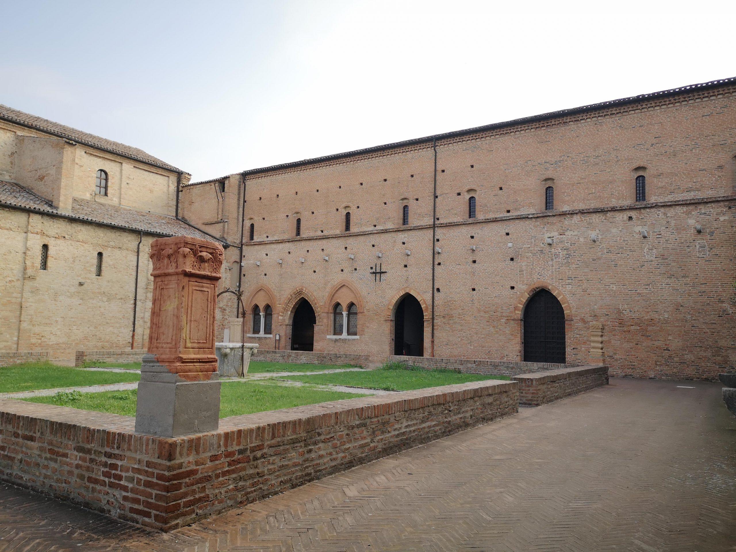 court pomposa abbey