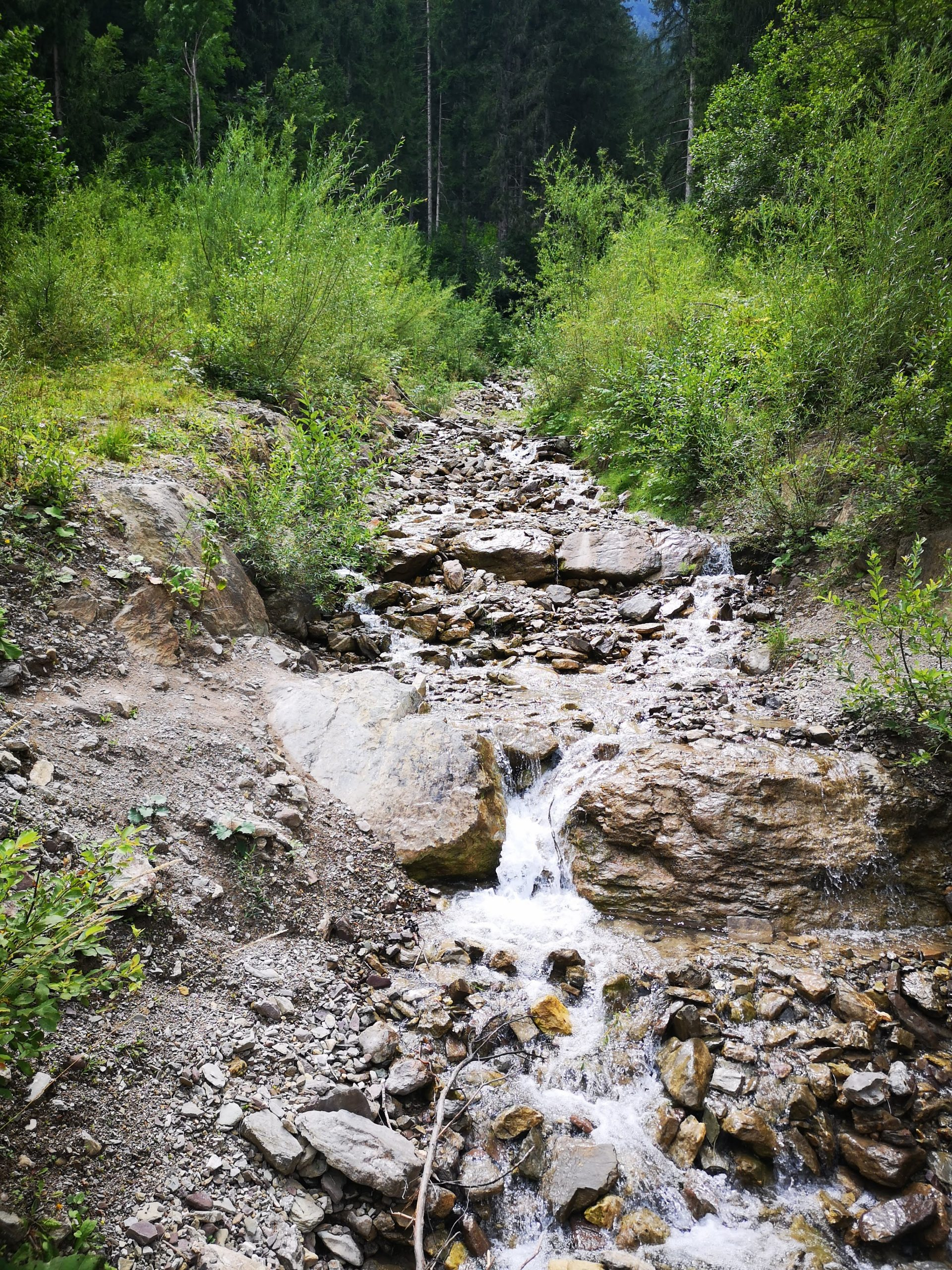 stream in auronzo