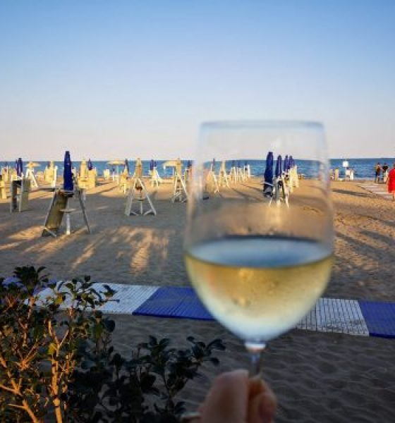 Eat with your feet in the sand at the Lido in Venice
